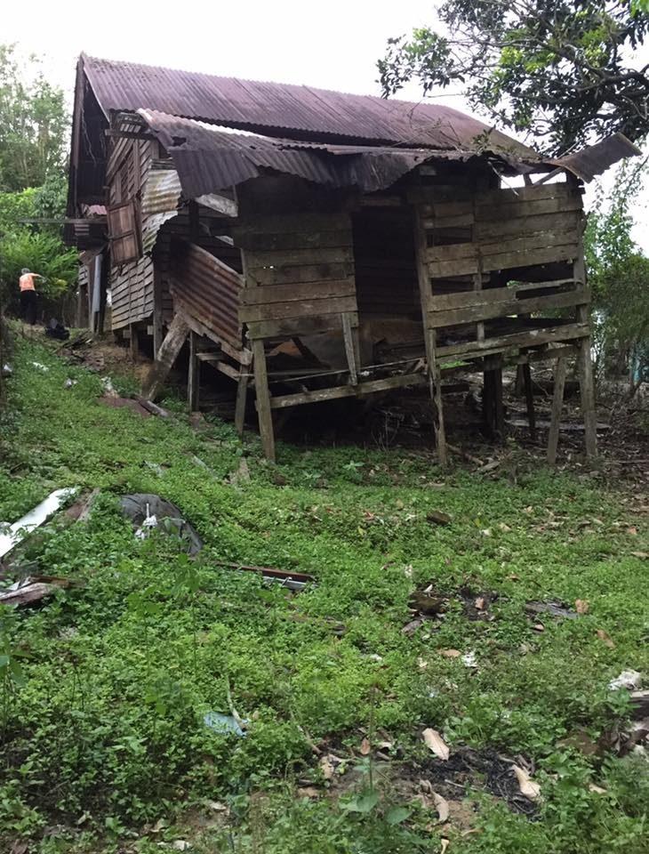 bina harapan rumah kampung