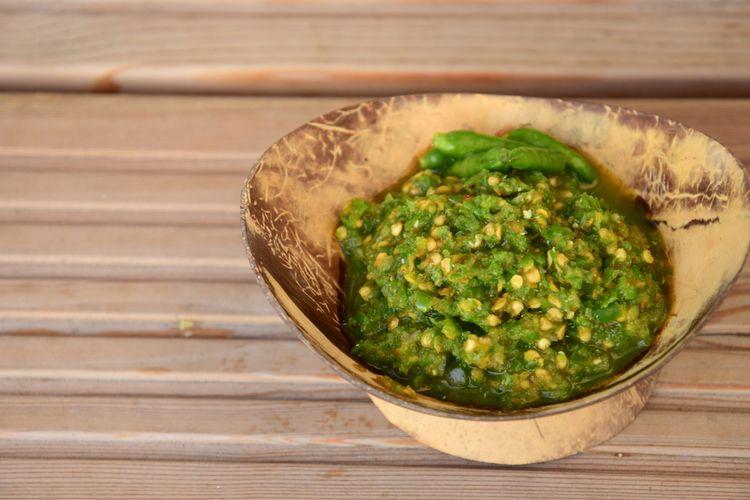 resepi membuat sambal ijo dijamin sedap mudah buzzkini Resepi Ikan Bakar Sambal Kemangi Enak dan Mudah